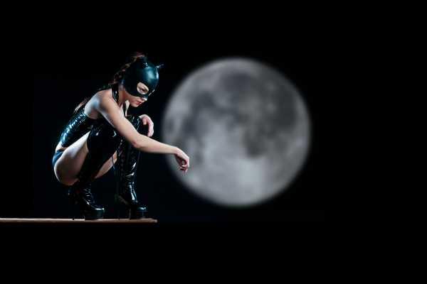 Catwoman by Dean Bertoncelj